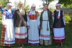 stsenicheskie-kostyumy3